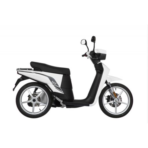 Askoll NGS3 Electric Moped White Right