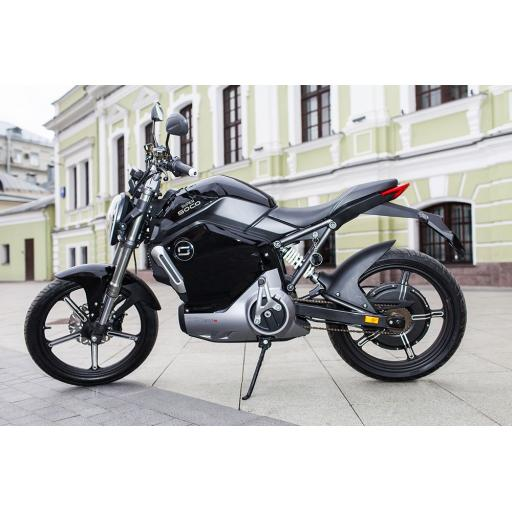 Super Soco TS1200R Electric Motorcycle Black Lifestyle Shot