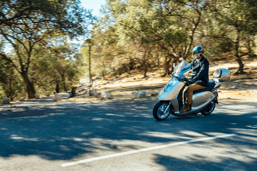ECCity 50 Electric Moped Review: The Green and Economic Commute