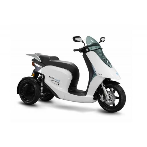 ECCity Model 3 Electric Motorcycle White Front RHS.jpg