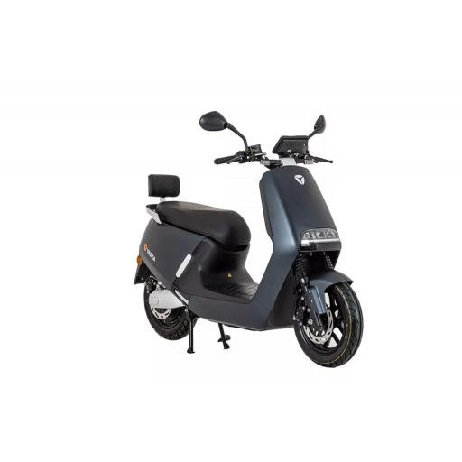 Yadea G5 Electric Moped Graphite Front Right