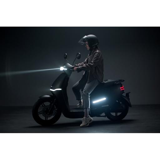 Horwin EK3 Electric Moped Lifestyle Left