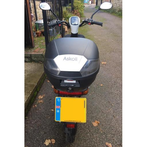 Askoll ES2 Electric Moped White PreOwned Rear 1019