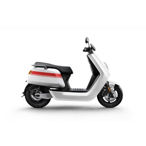 Niu NQi Pro Electric Moped White Red.jpg