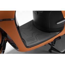 Horwin EK1 Electric Moped Orange Floor.jpg