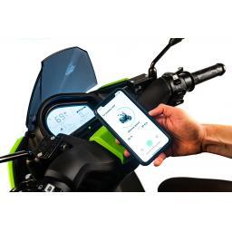 Silence S01 Electric Motorcycle Green App.jpg