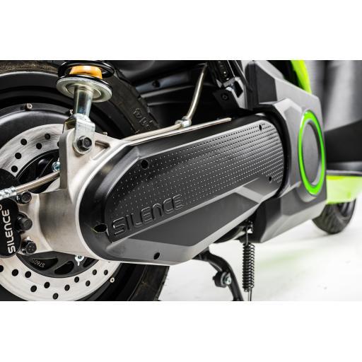 Silence S01 Electric Motorcycle Green Rear Wheel.jpg